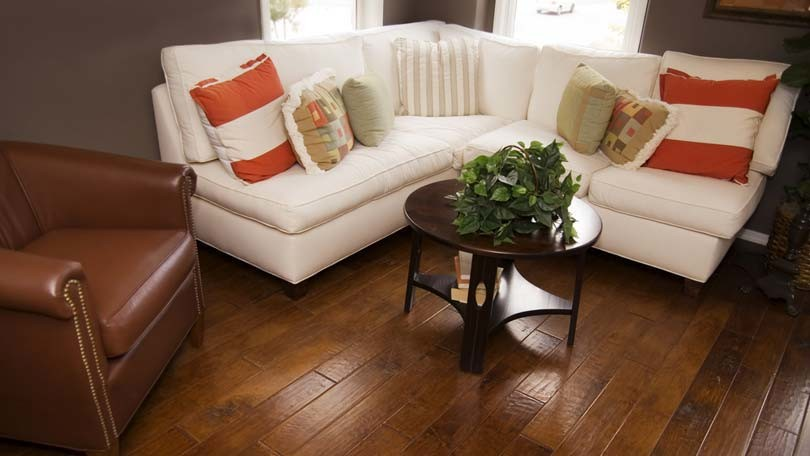 Washing Hardwood Floors – What you Need to Know