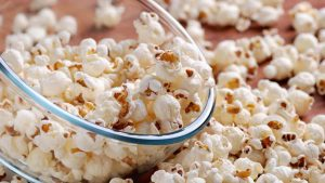 Microwave vs Air-Popped Popcorn –  Which is Better?