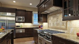 Kitchen Counter and Cabinet Layout