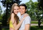 Marrying High School Sweethearts – Is it a Good Idea?