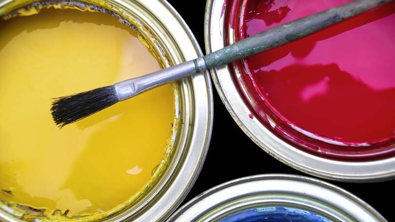 choosing interior paint colors for a new home
