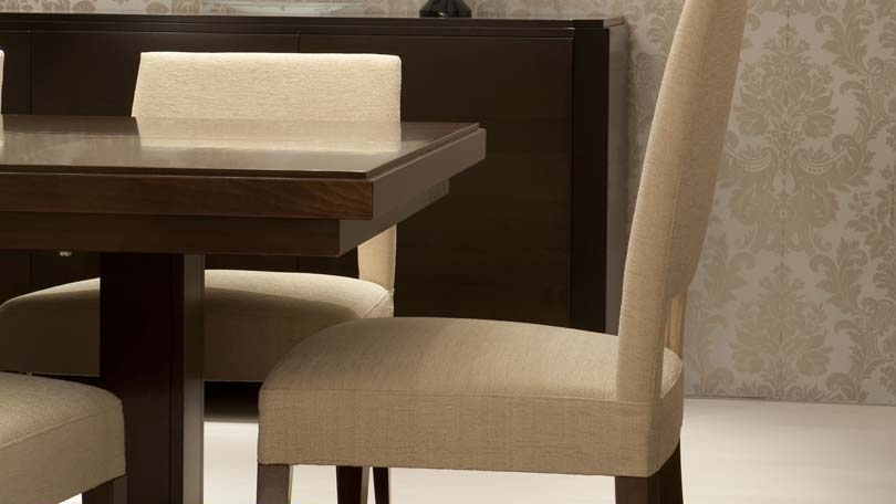 things to consider when buying kitchen chairs